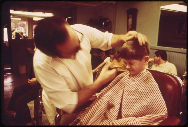 barbershop-wikimedia-commons-deborah-parker
